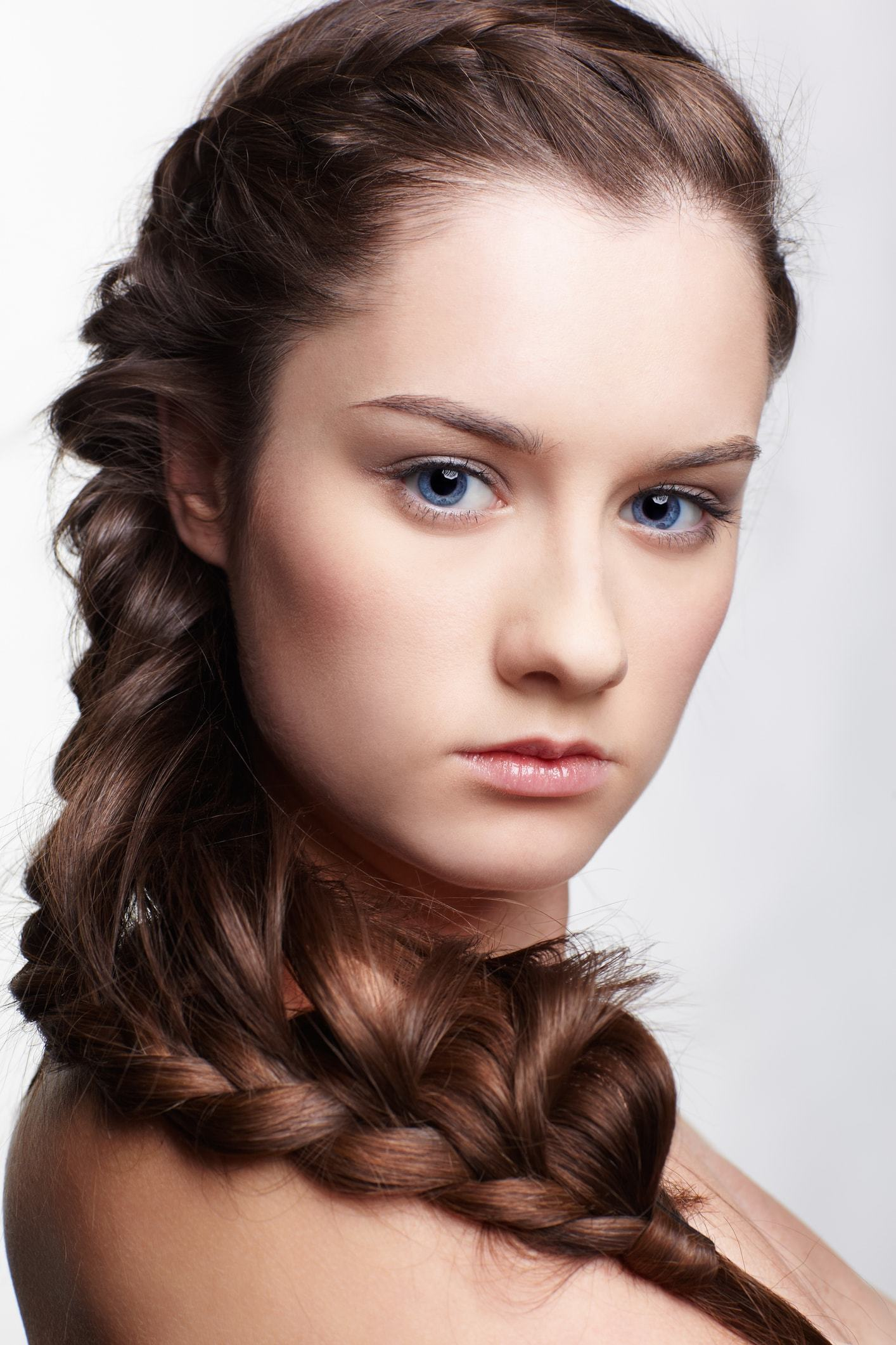 Brown Hair Blue Eyes Hairstyles To Inspire You Ath Usa