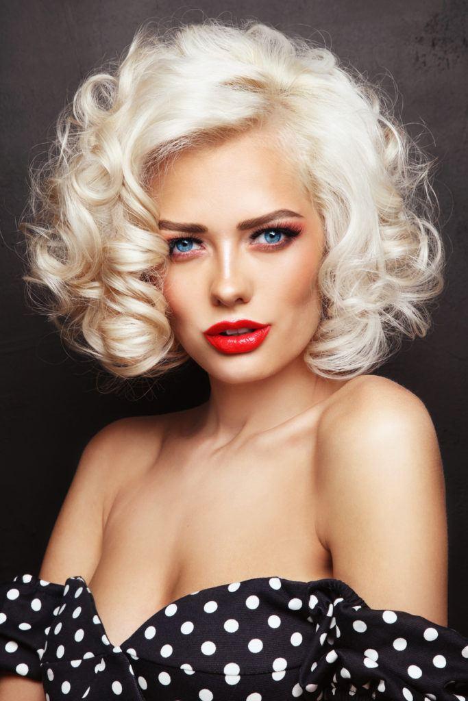 50s hairstyles: vintage glam curls