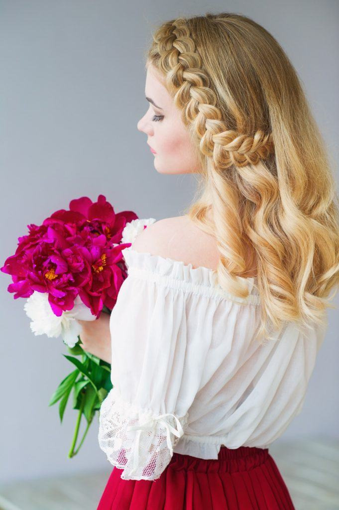 flower girl hairstyles braid blonde curls