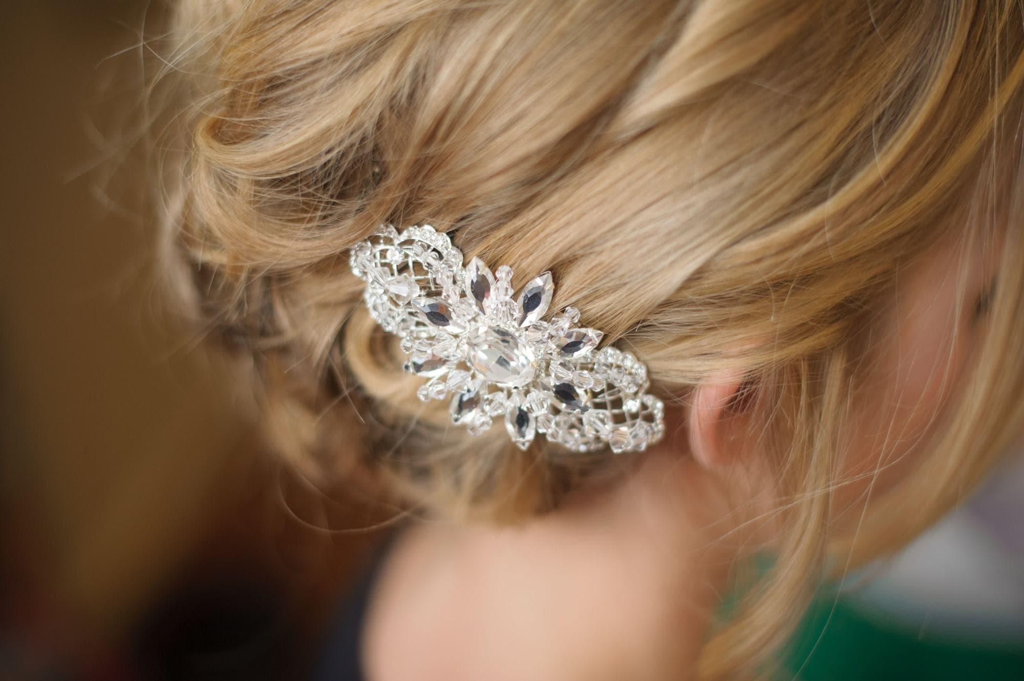 flower girl hairstyles sparkly barrette blonde hair