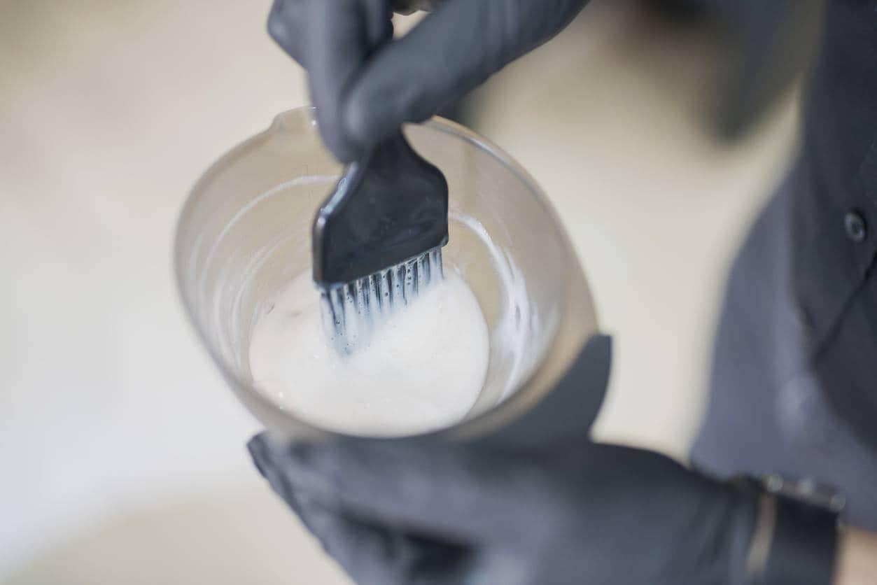 bleaching dark hair