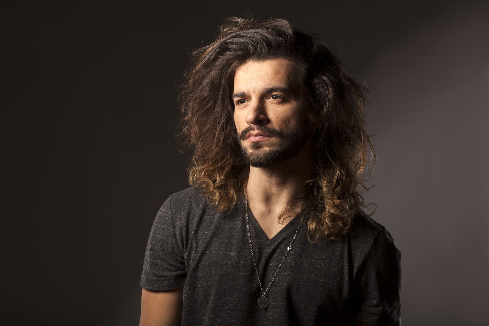 Long Hairstyles For Men With Thick Hair 21 Easy Style Ideas