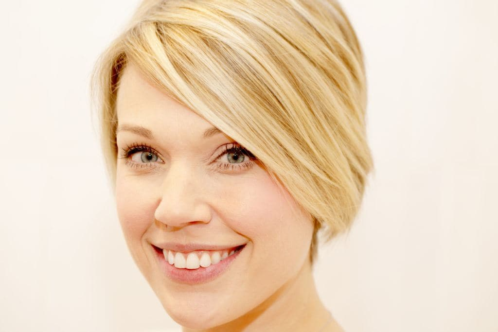 balayage short hair: blonde