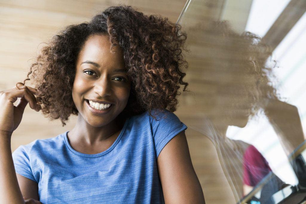 balayage short hair: natural curls