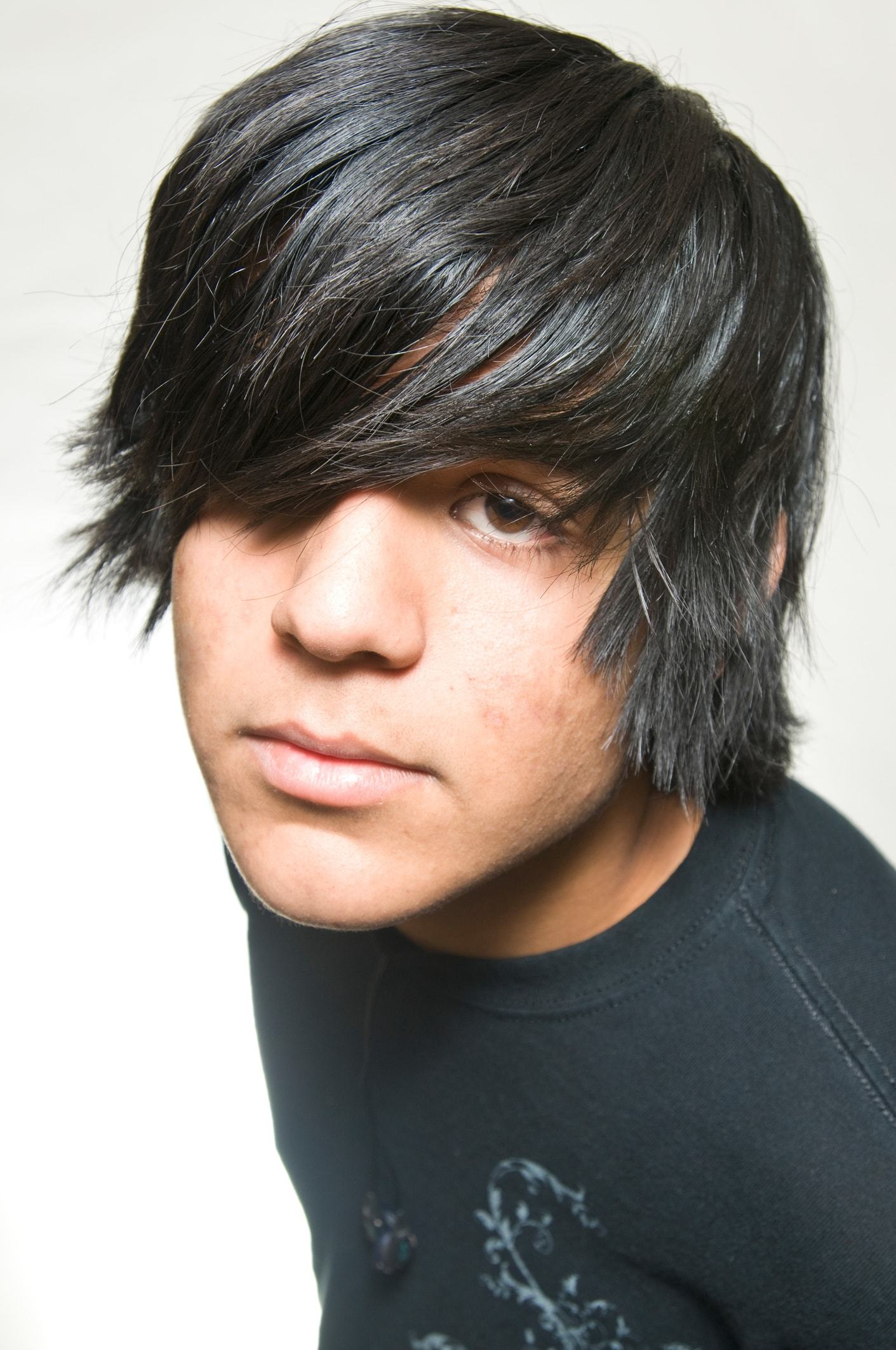 10 Best Emo Haircuts And Hairstyles For Guys In 2019