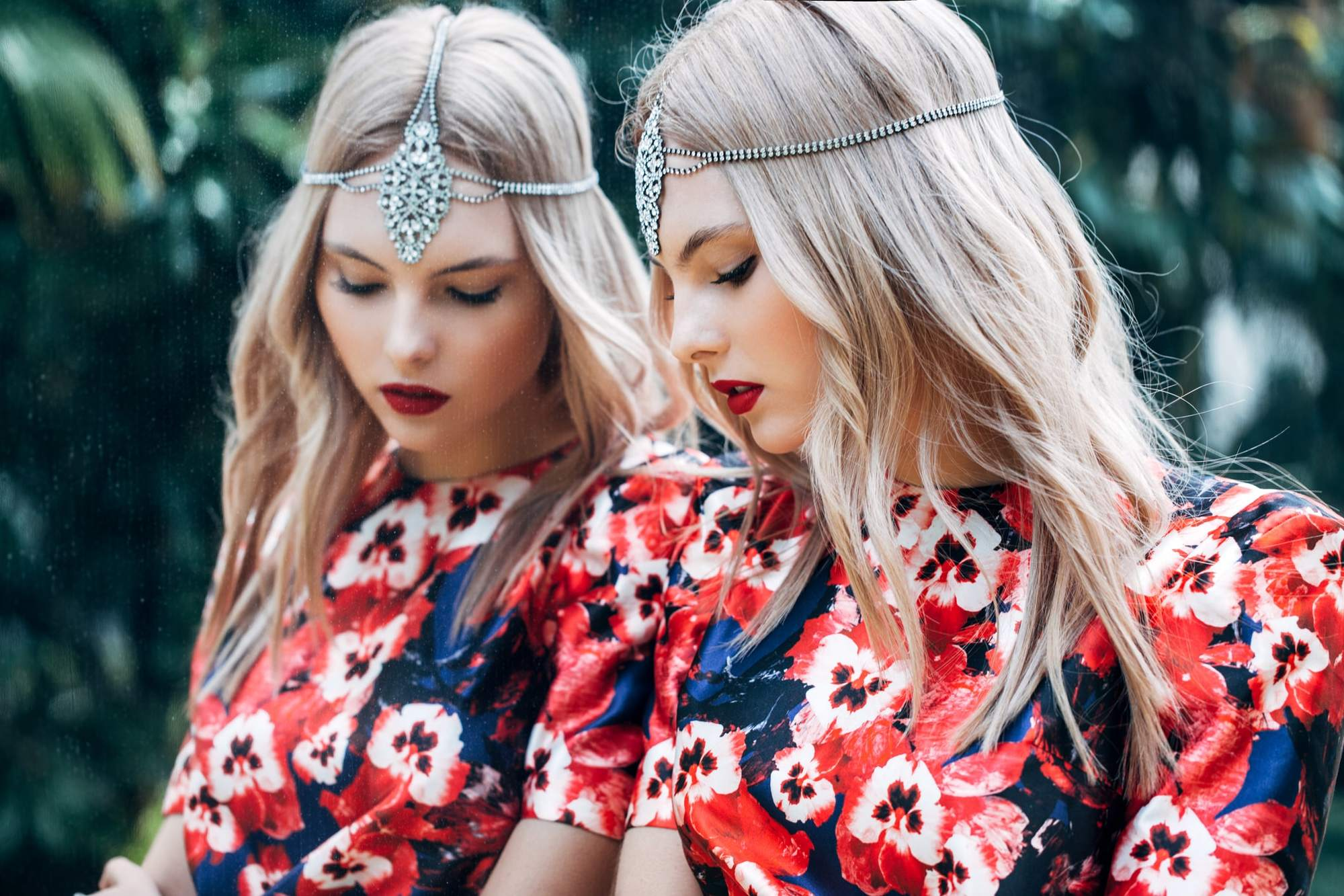 hairstyles with tiara silver headpiece loose blonde curls