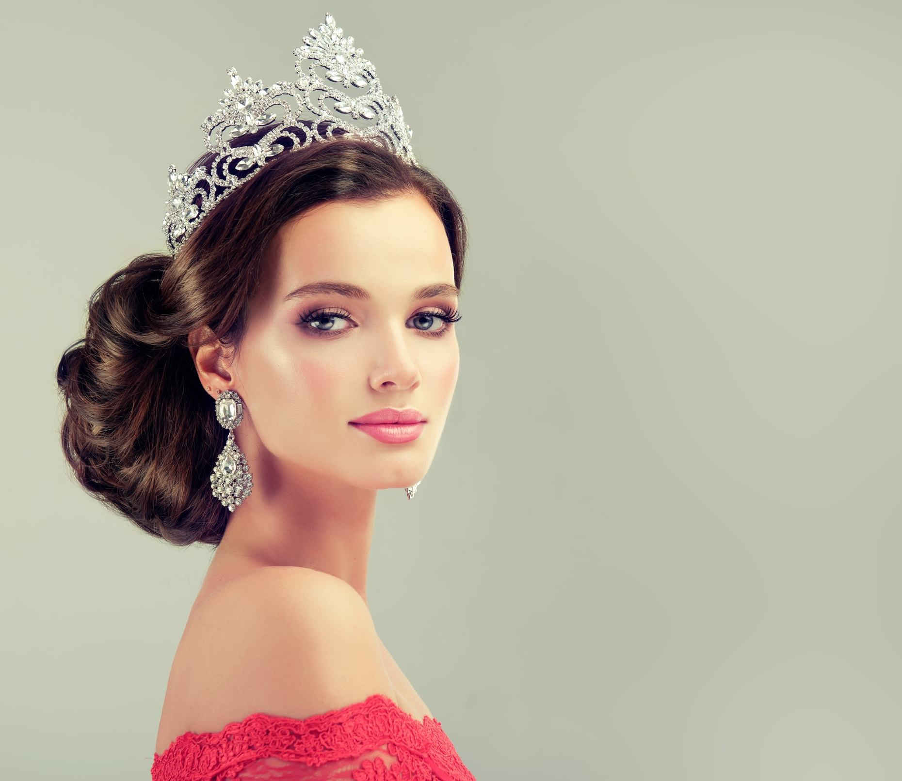 hairstyles with tiara tall crown low large updo
