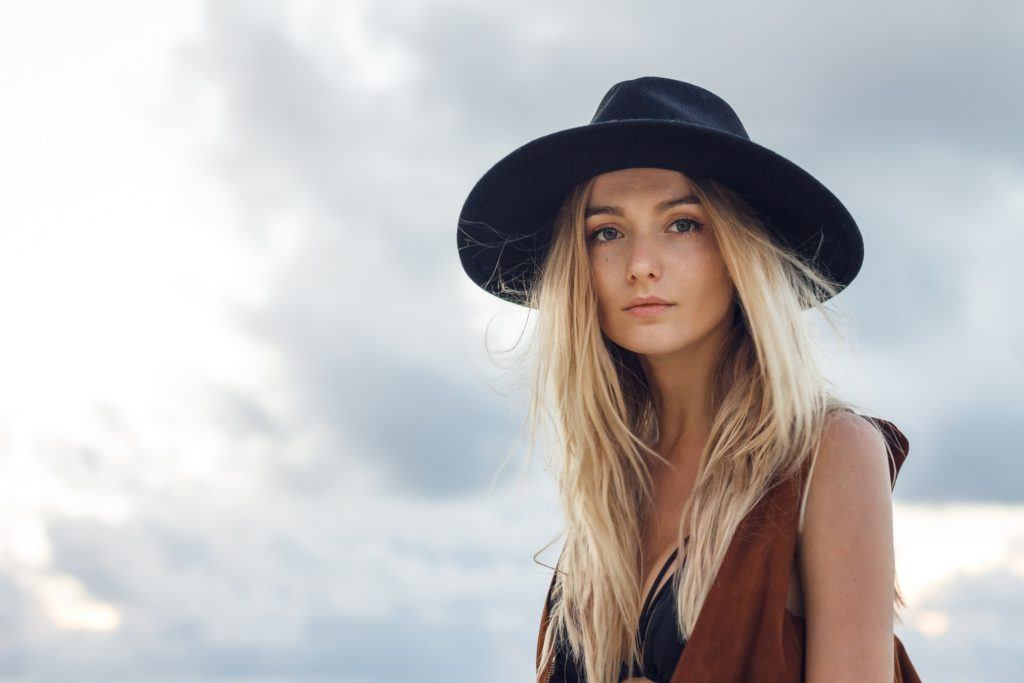 hairstyles for oblong faces straight beachy