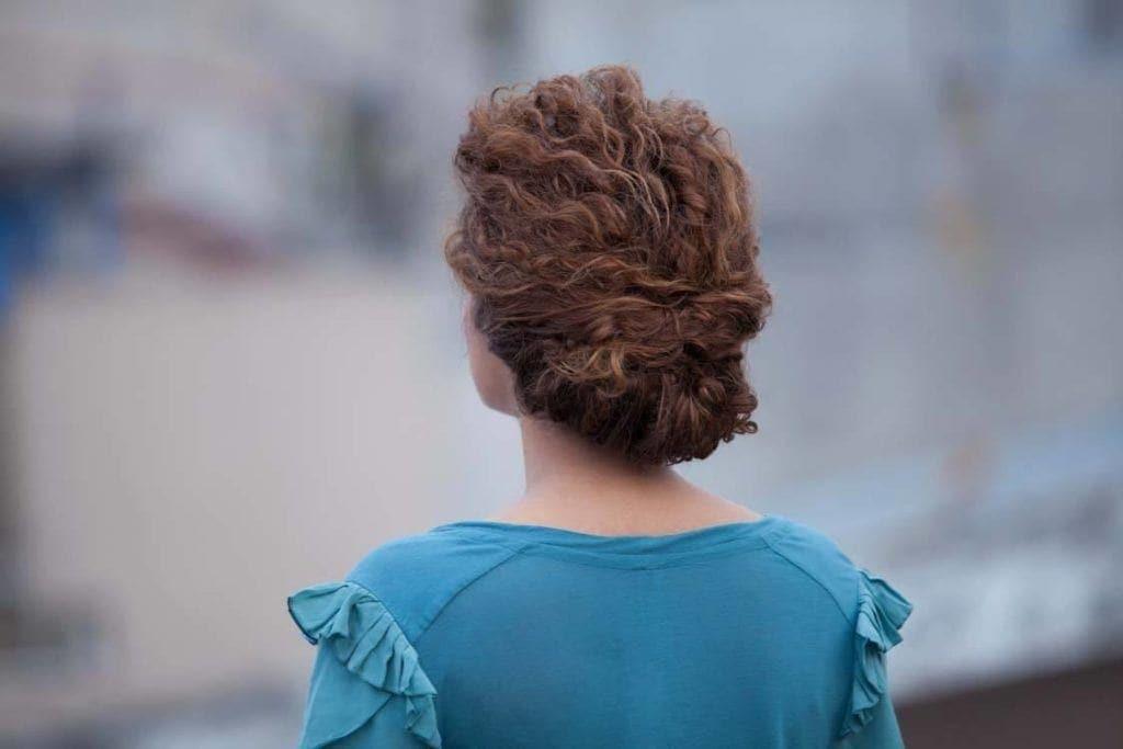 natural hair updos: chignon