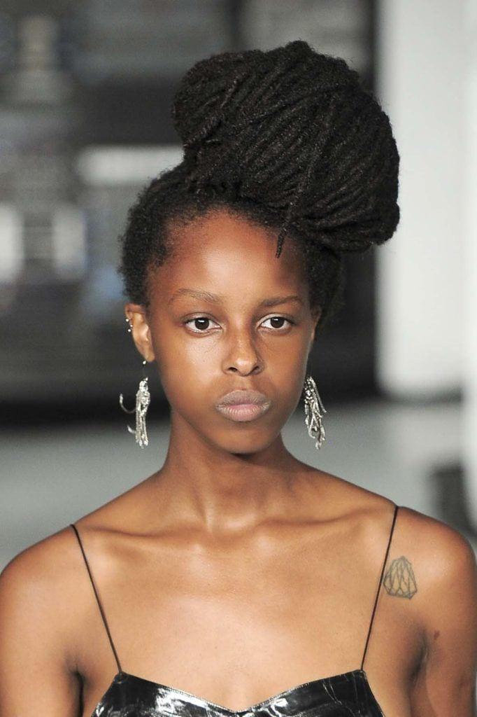 natural hair updos: dreadlock bun