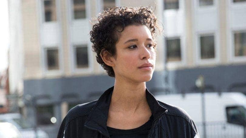 popular short hairstyles curly pixie