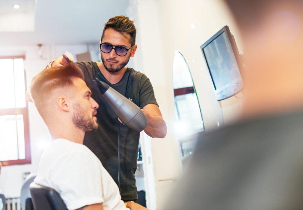 short undercut: barber
