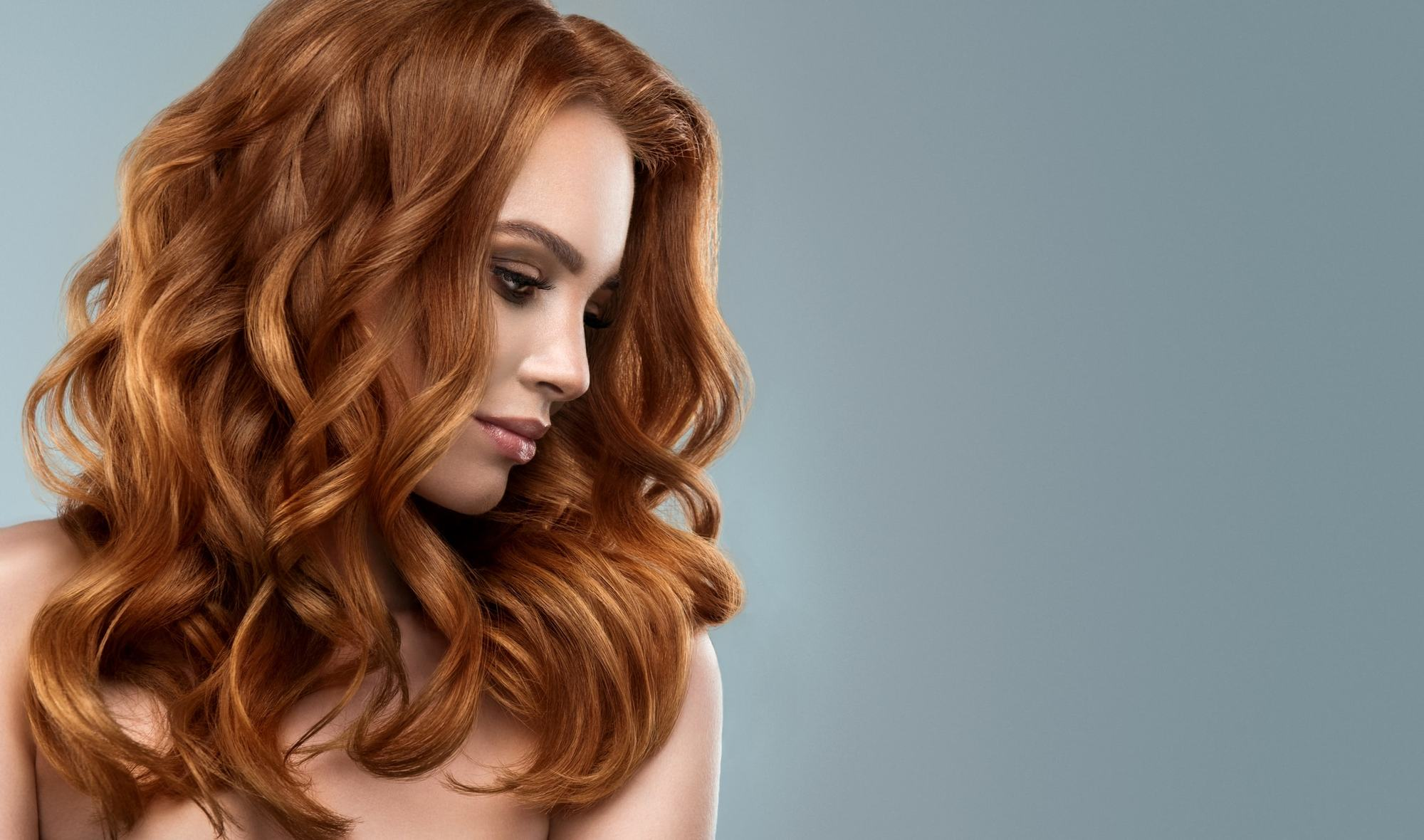 curly hairstyles for long hair alternating red curls