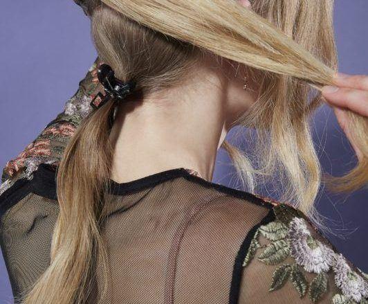 beehive hair: ponytail