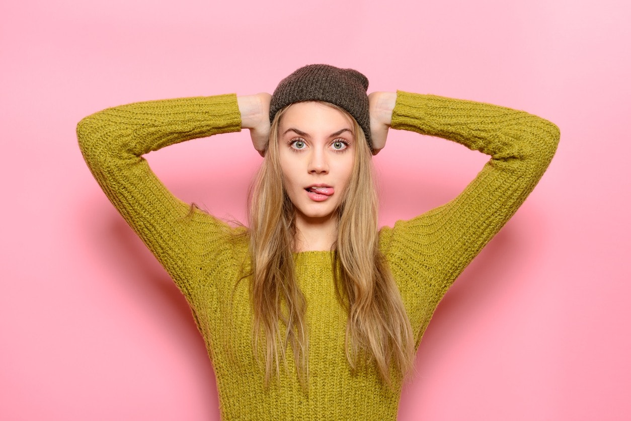 hairstyles for long blonde hair hat
