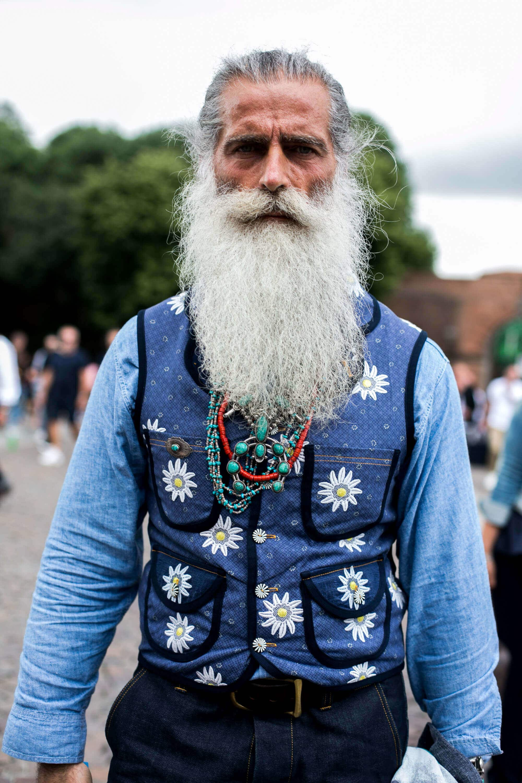 grey mens hairstyles man bun