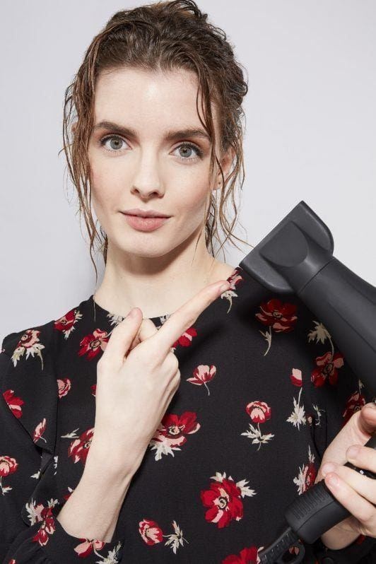 how to blow dry hair straight adjust nozzle