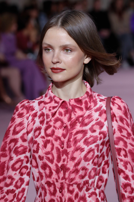 70s sophisticate brunette pink