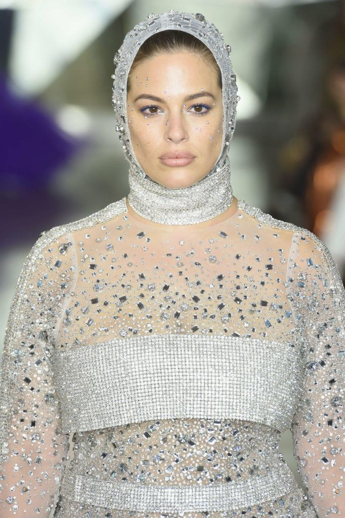 chained locks at christian siriano fw 2019 ashley graham