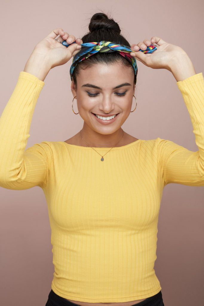 bandana hairstyles brunette bun headband