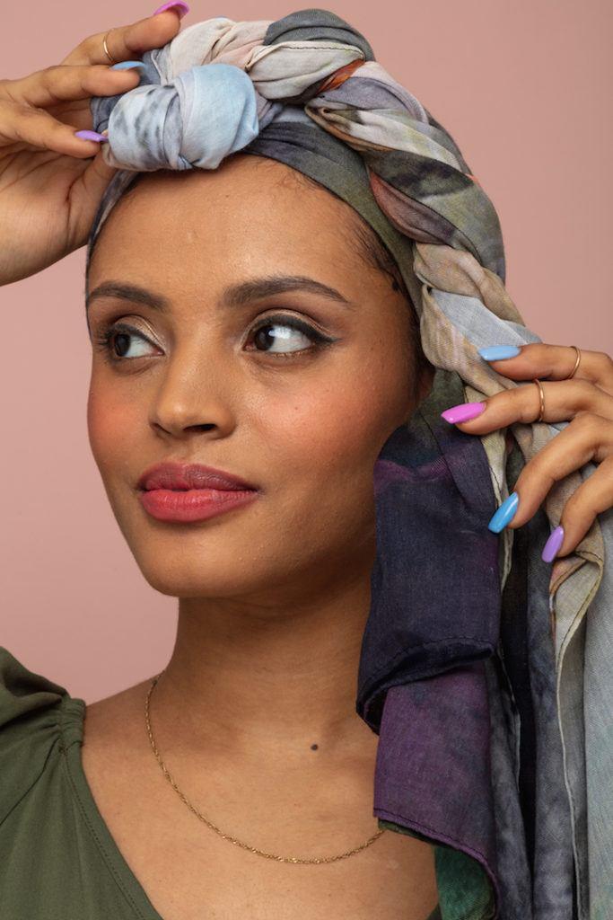 Woman using a headscarf