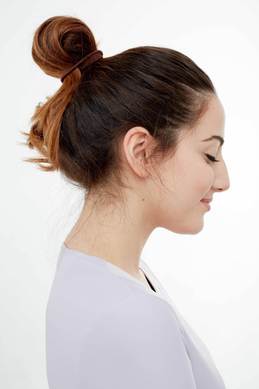 gym hair quick bun side