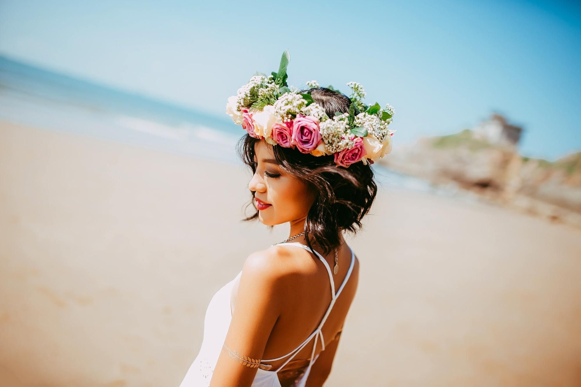 national rose month: rose crown