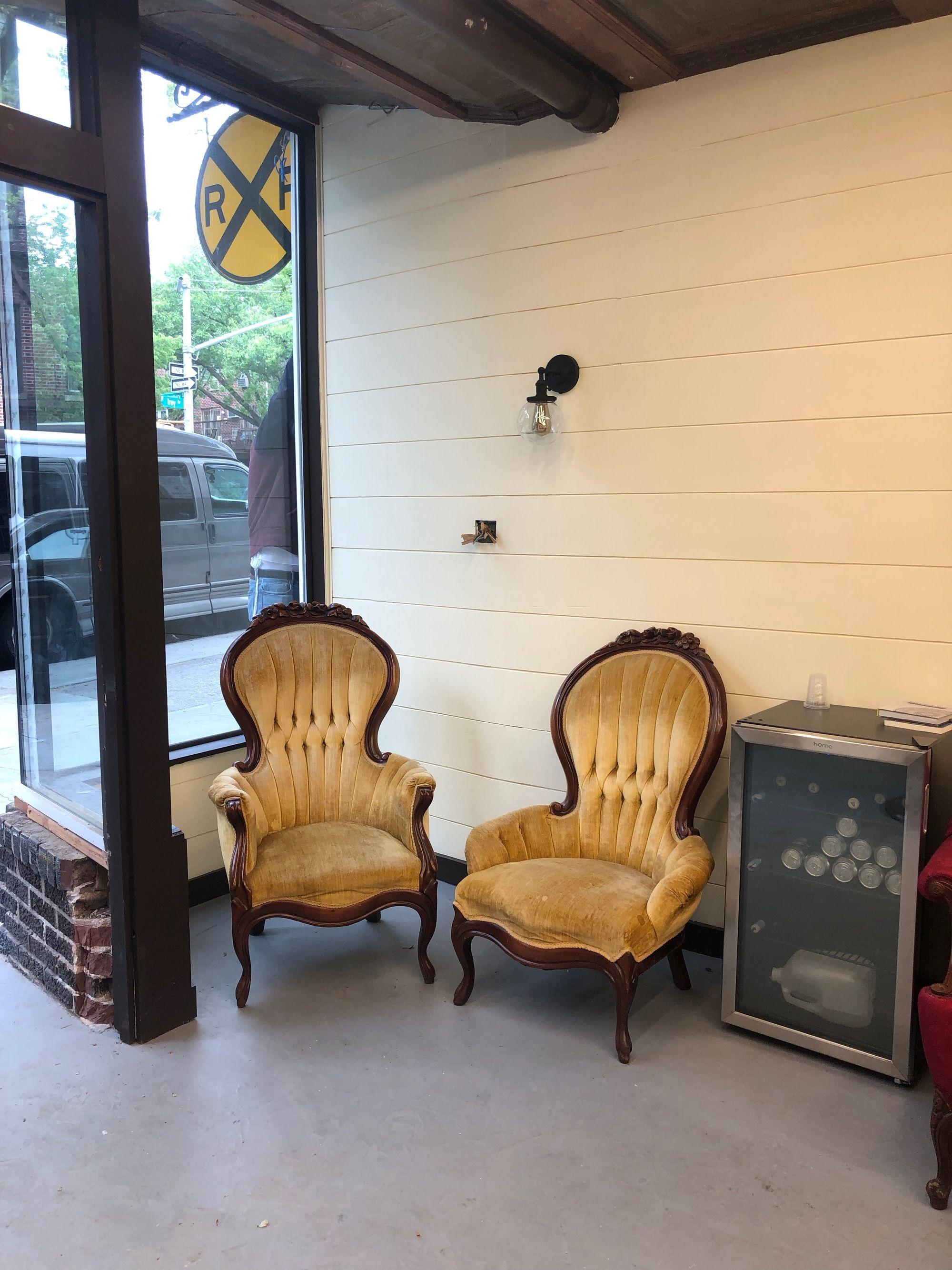 the railroad barber interior
