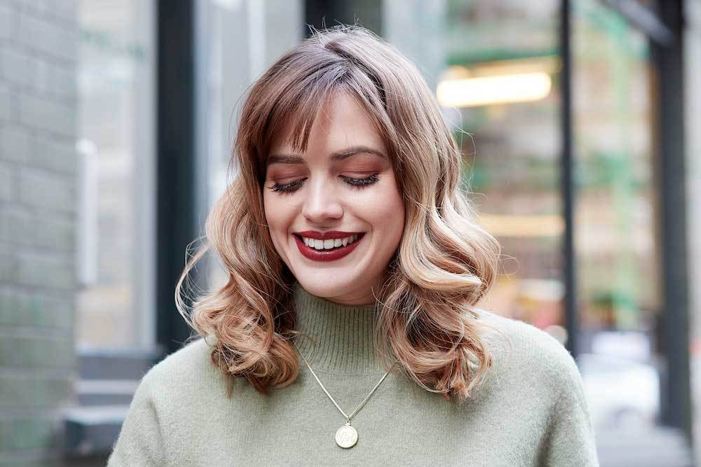 bangs for round face side swept