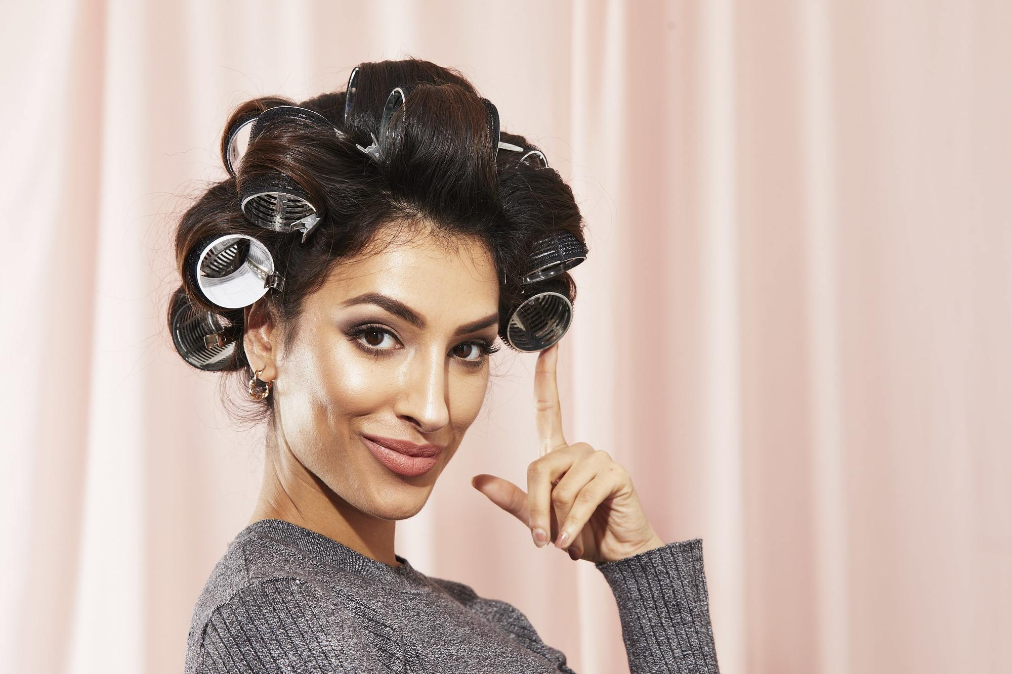 Hair Rollers 9 Best Types For All Hair Types In 2020