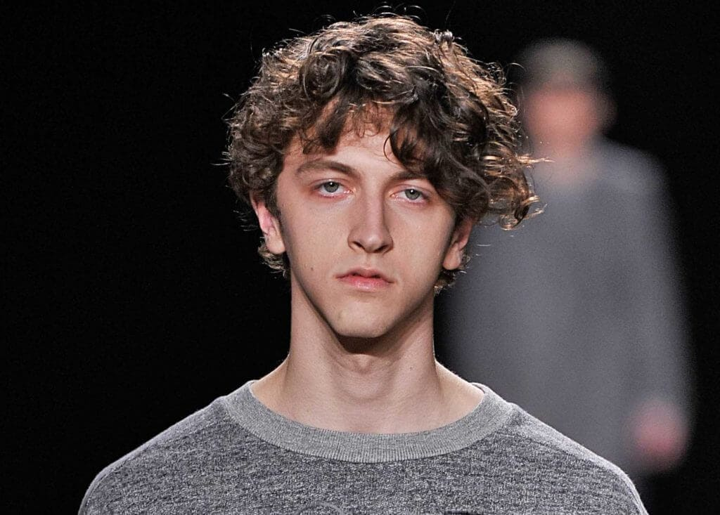Curly Hair Men- Our Fave Styles & How To Work Them For