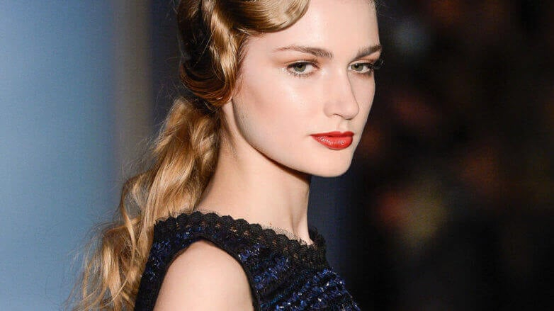 use hair setting lotion for glam retro waves
