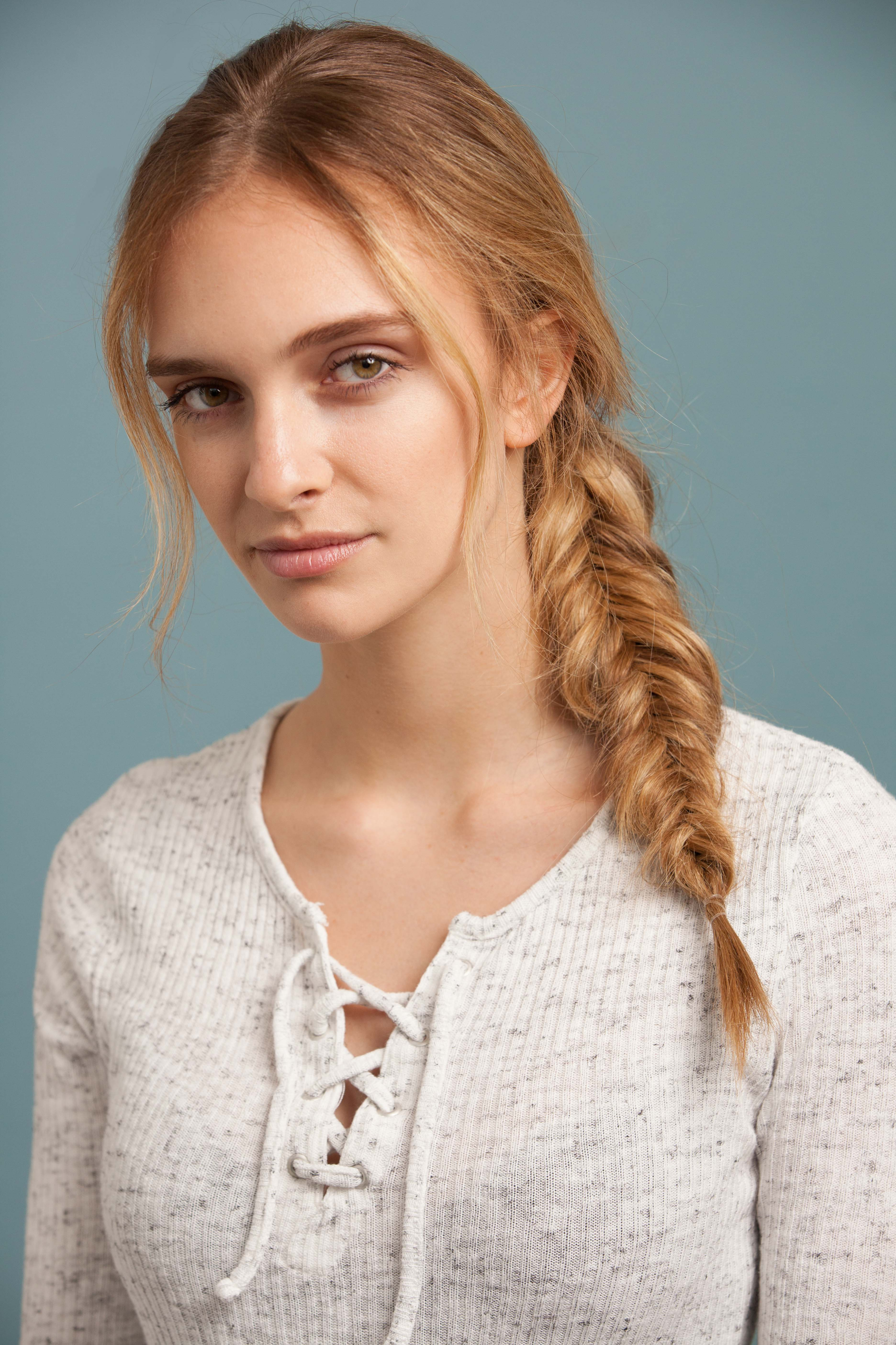 How to make an inverted fishtail plait: step 8