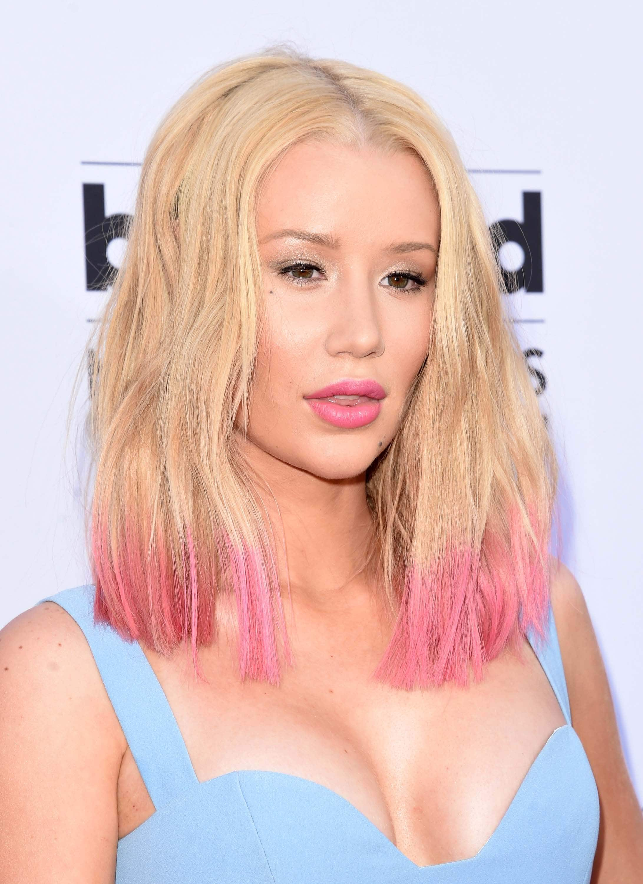 dip-dyed pink hair tips iggy azalea