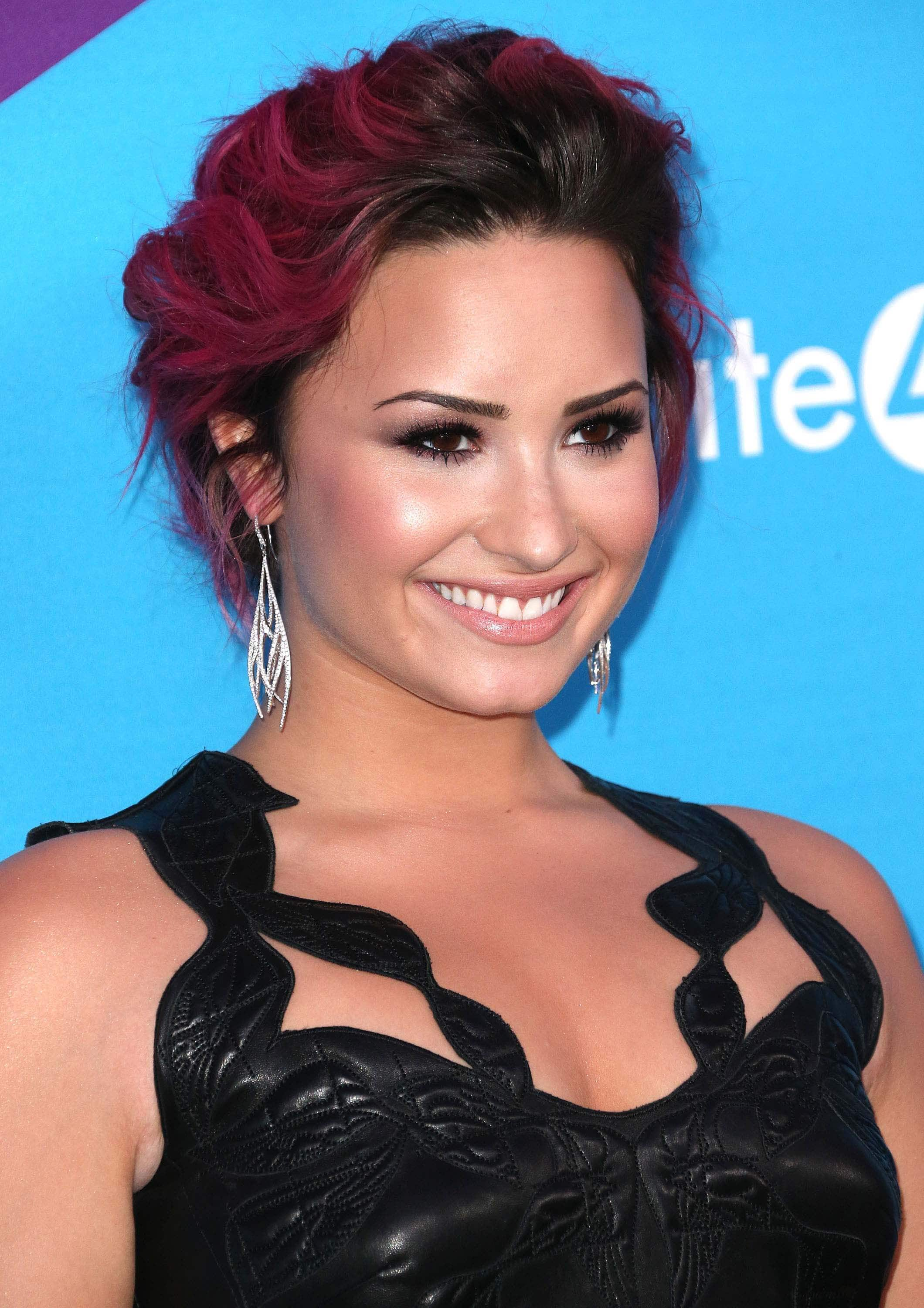fuchsia balayage on dark pink hair demi lovato