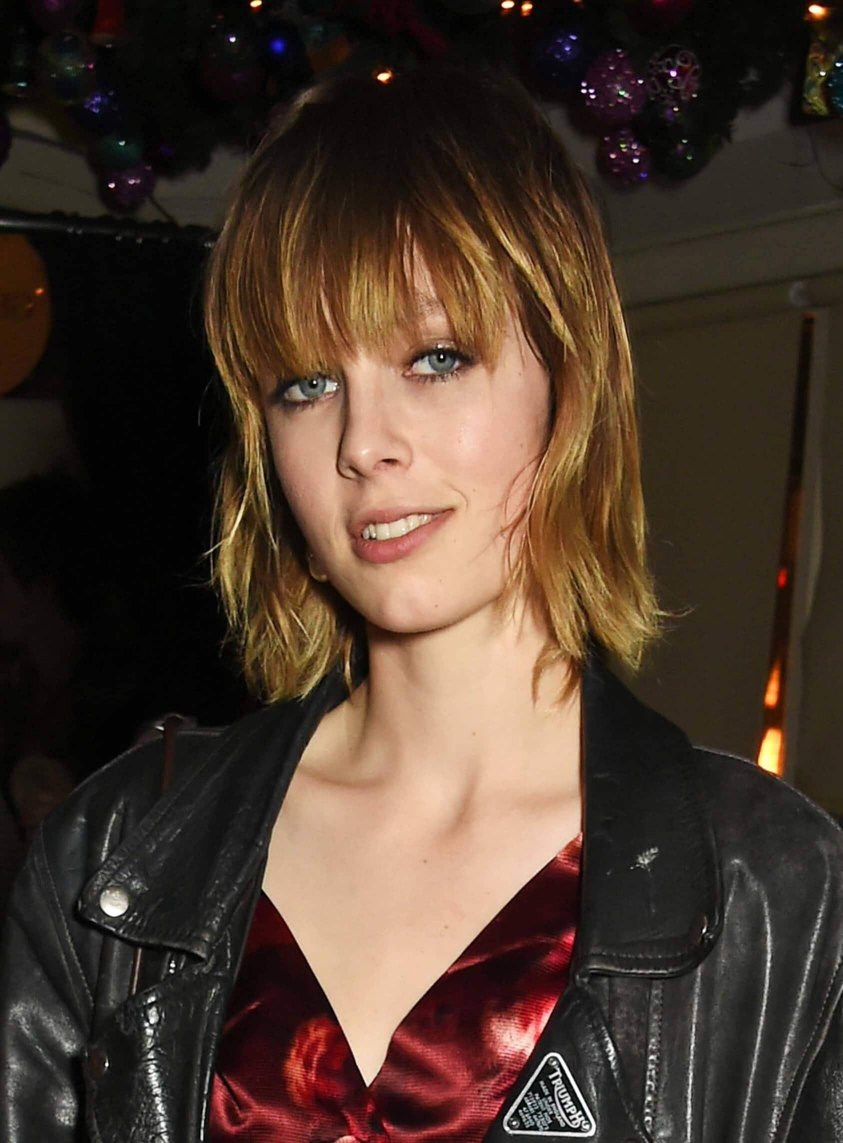 short bob hairstyles edie campbell shag haircut