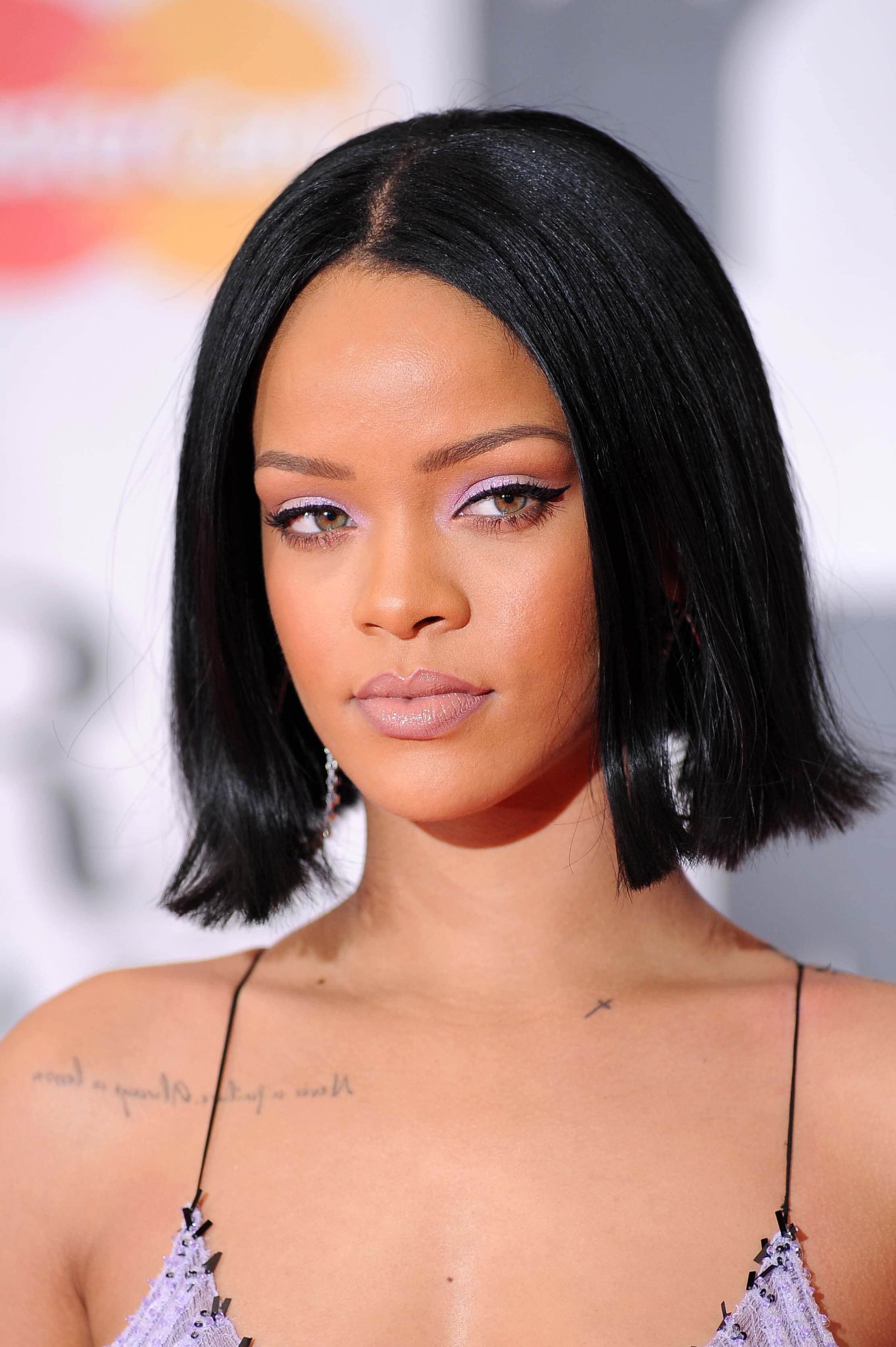 blunt cut short bob hairstyles Rihanna