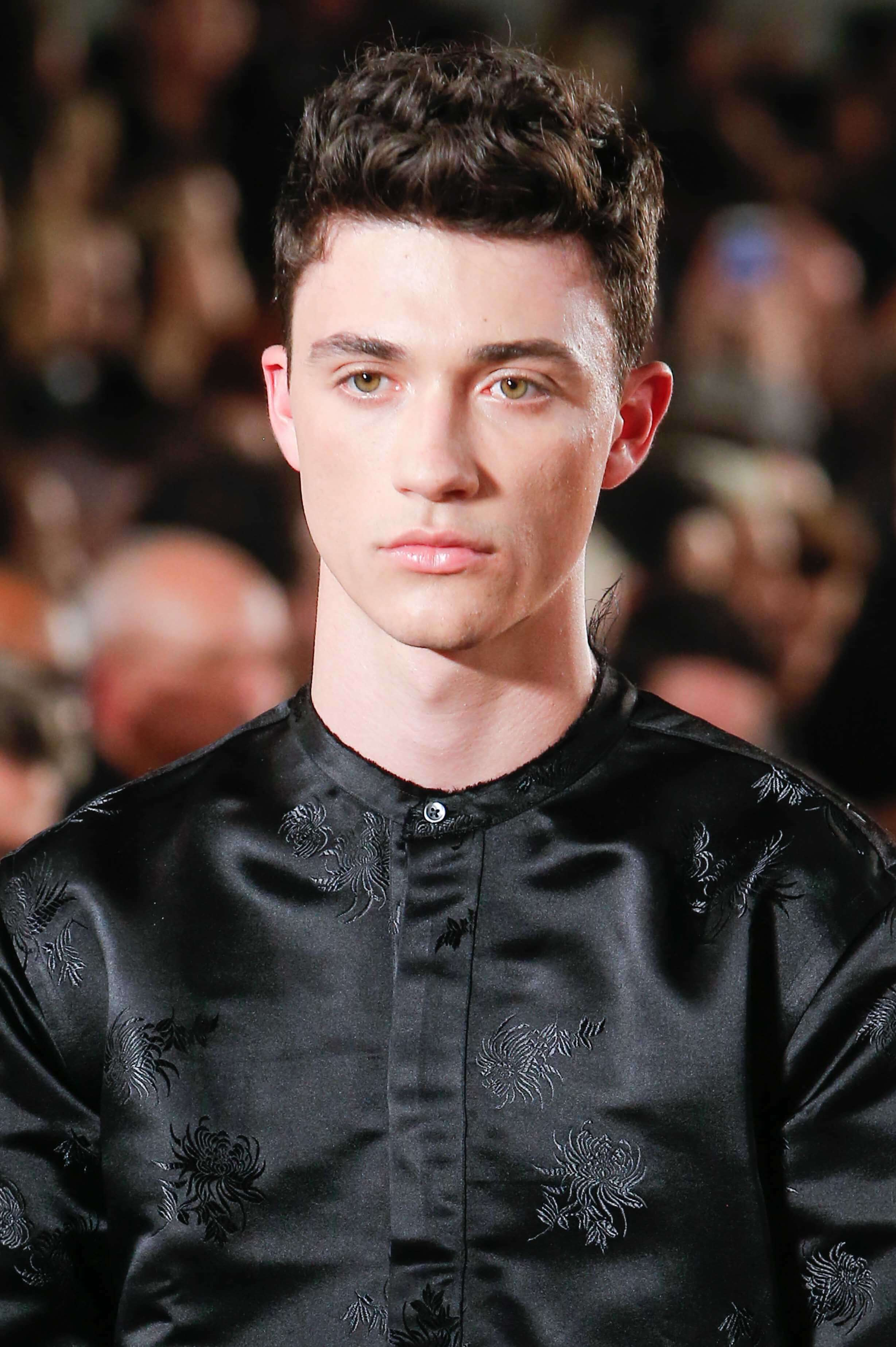 9 Best Short Hairstyles And Haircuts For Men In 2020 All Things Hair Uk