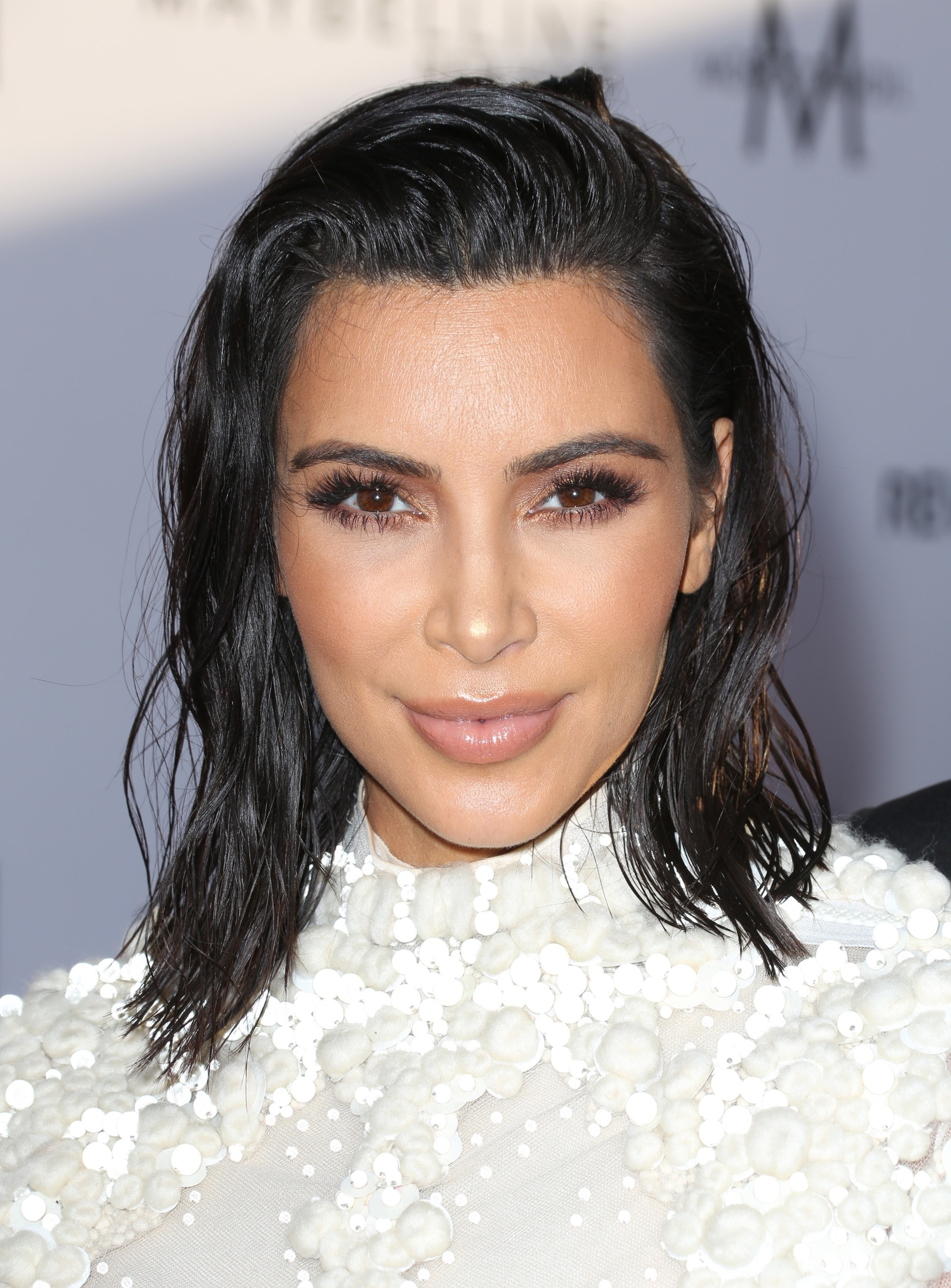 short bob hairstyles: kim kardashian west with wavy hair