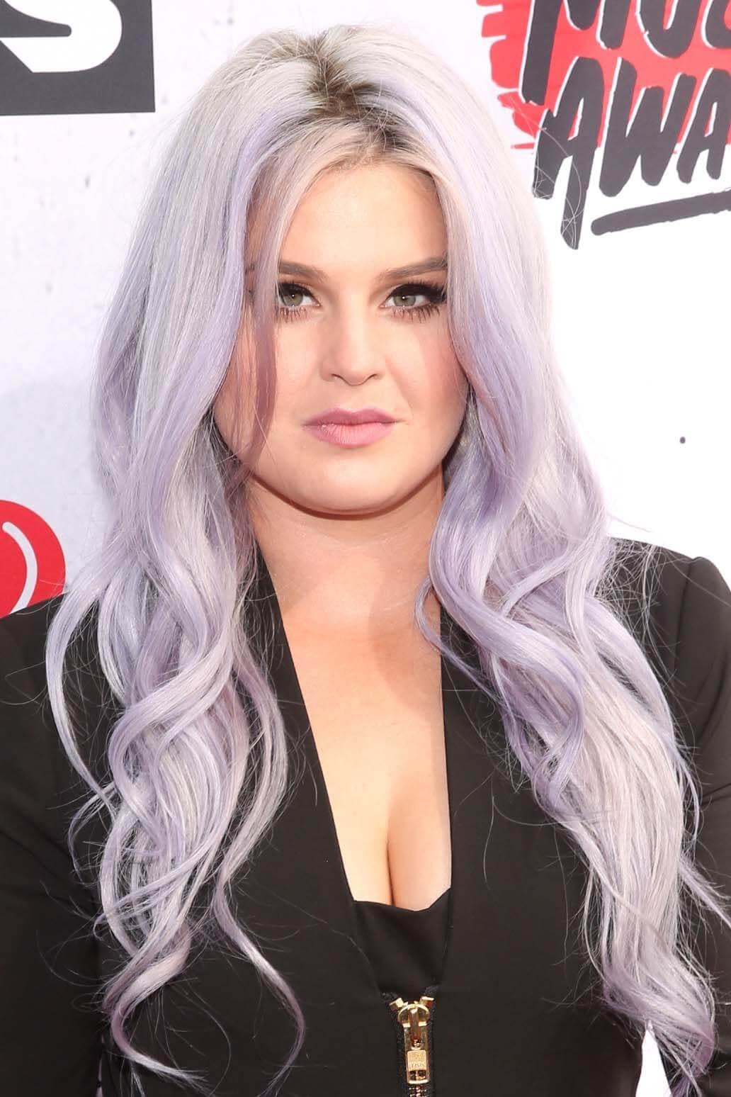purple-hair-inspiration-kelly-osbourne