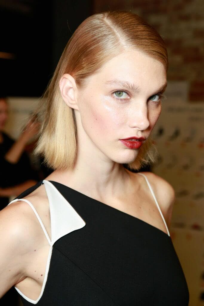long bob for oval shaped faces