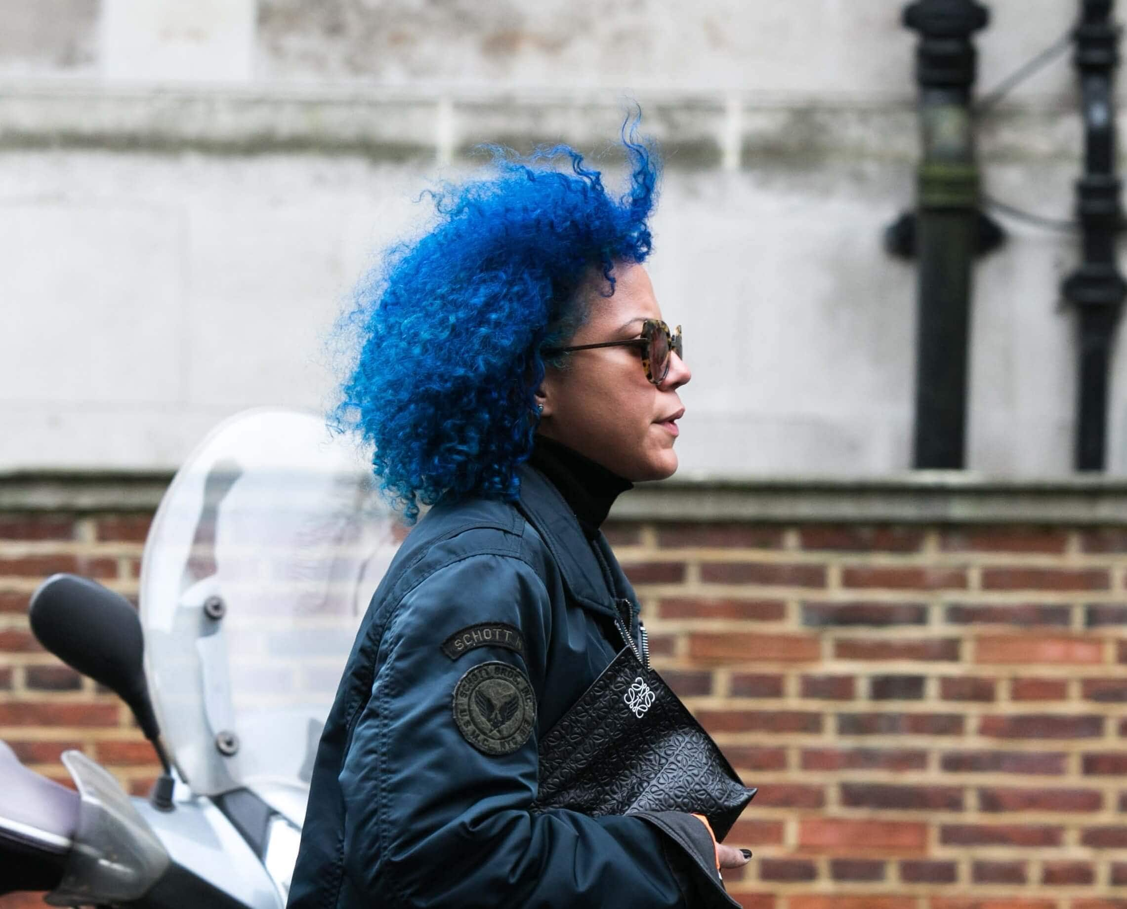 colouring-hair-blue-afro