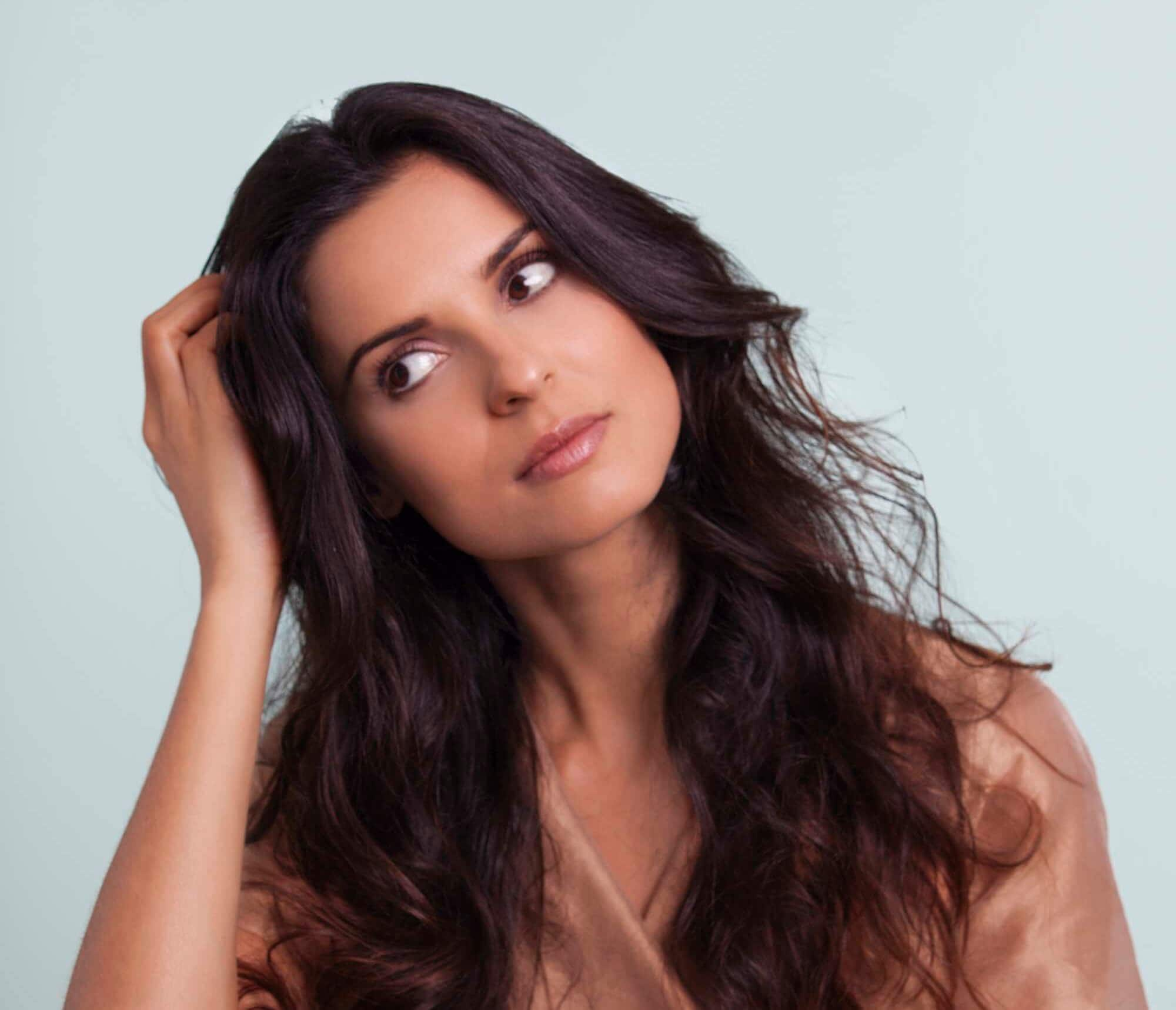 how to use hair mousse for texture and definition