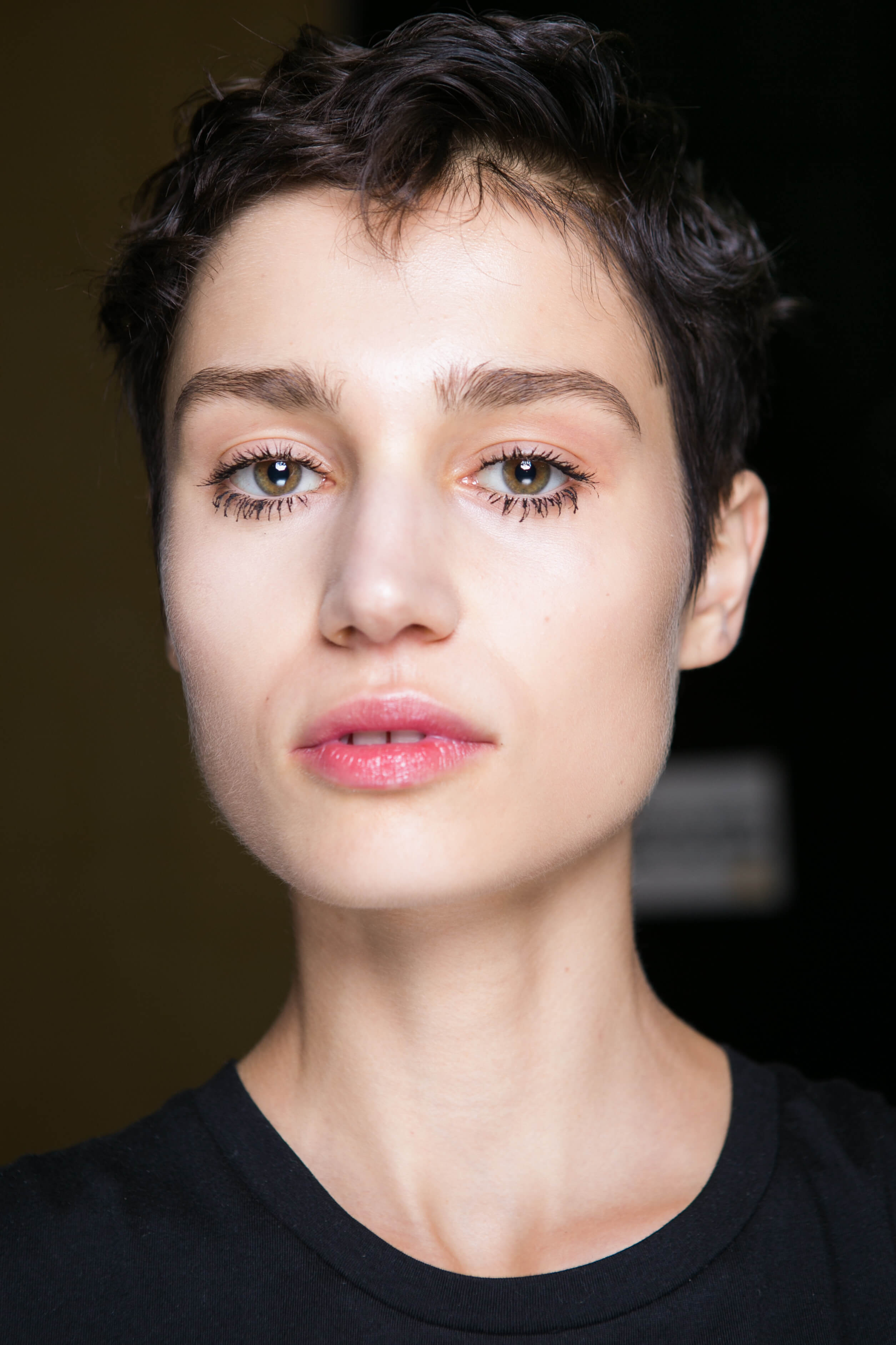 Pixie cuts for oval faces: Brown spiked up pixie cut
