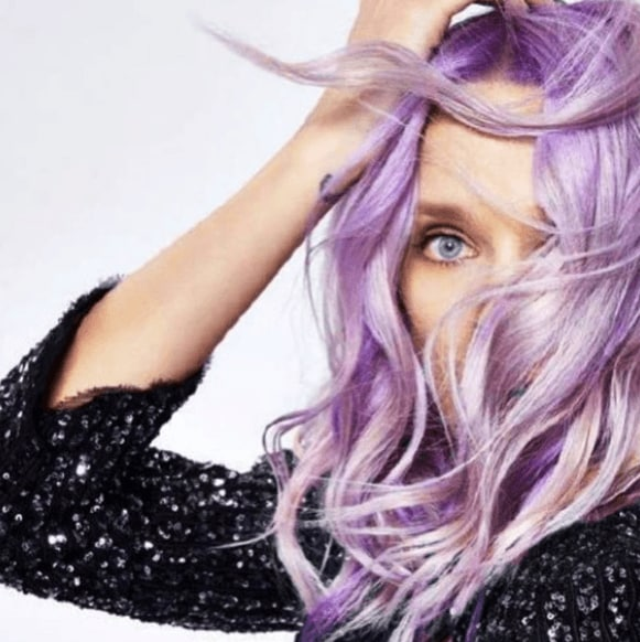 A woman with lilac mermaid hair colour from Instagram by @societe.beaute