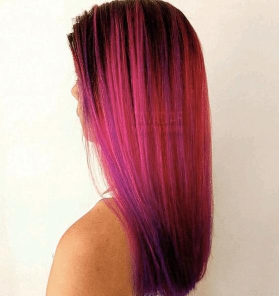 Bright pink mermaid hair from Instagram @gavadiar.beautycharm