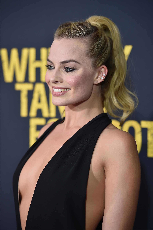 Margot Robbie hairstyles: Dramatic ponytail