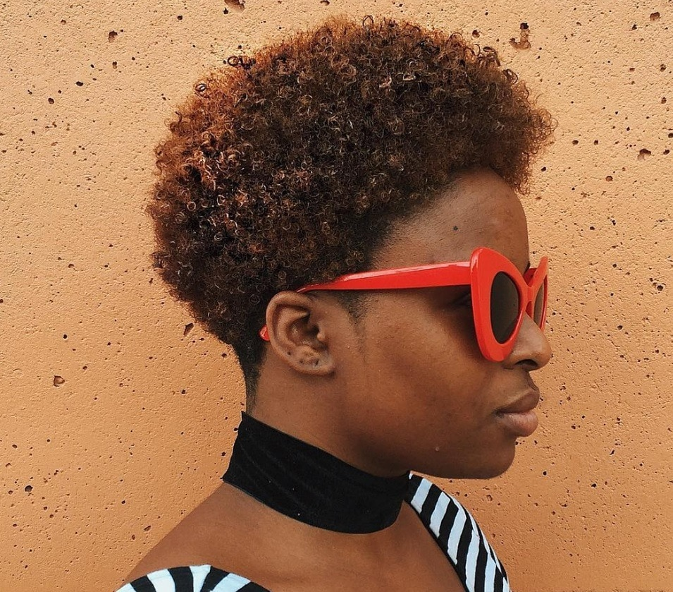 Short hairstyles for black women: teeny weeny afro