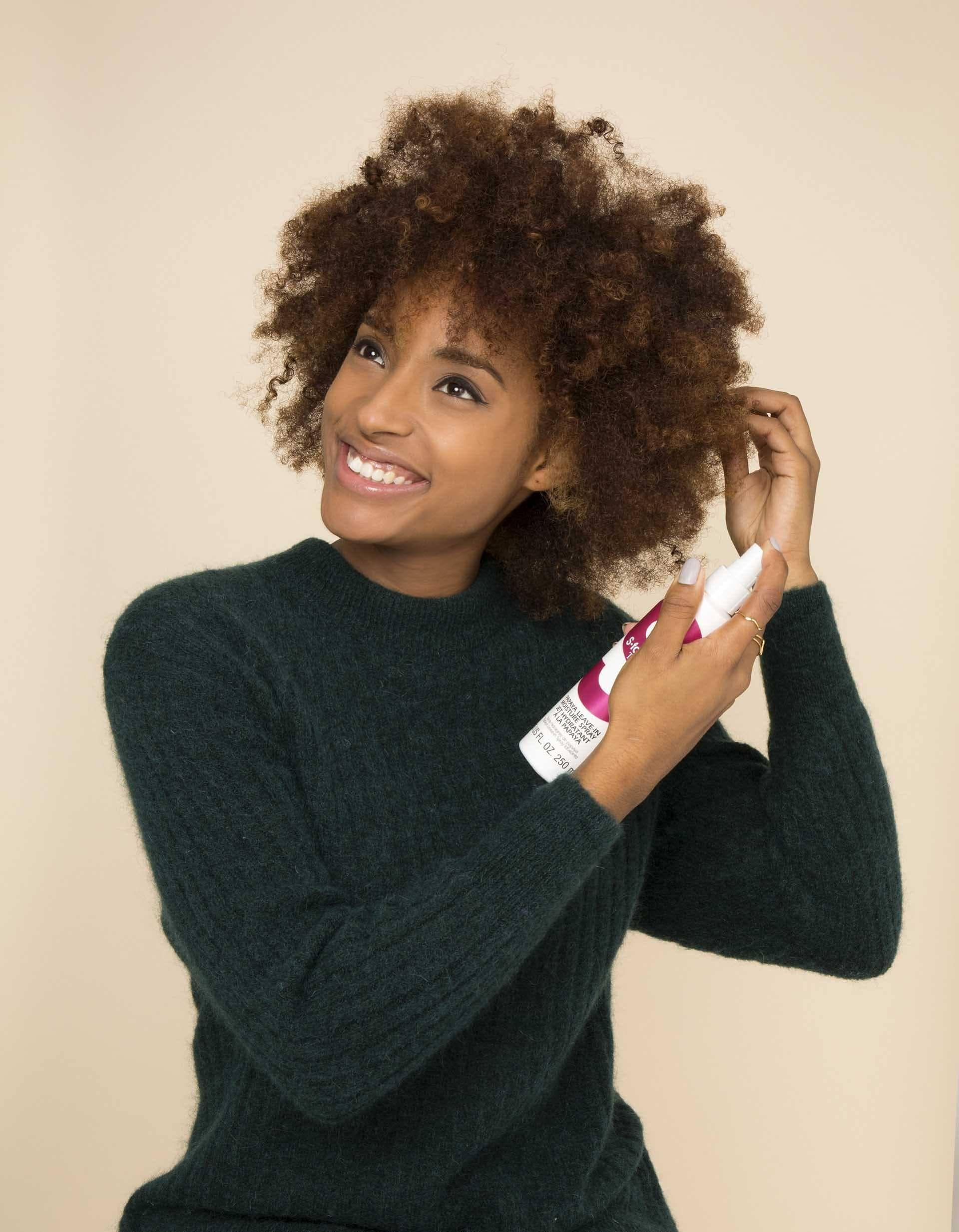 Natural hair frohawk: All Things Hair - IMAGE - apply leave-in conditioner