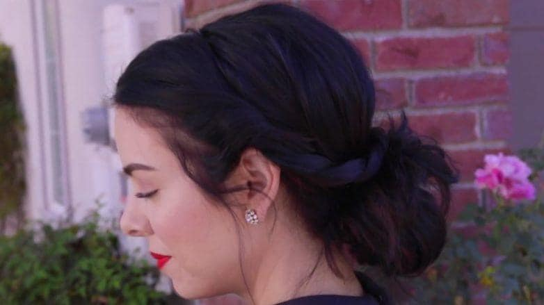 How to make a messy bun: All Things Hair - IMAGE - Style It On final look